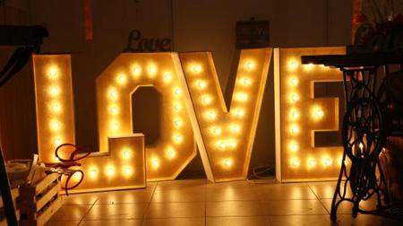 буквы на свадьбу ретро